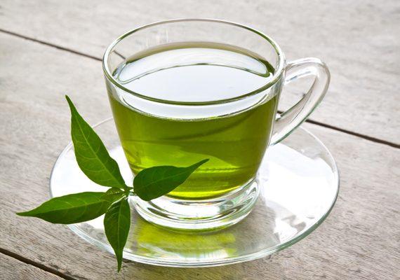 Beba chá verde